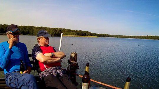 Bootsvermietung Paddel Pit in der Nähe von Berlin am Motzener See. Kanus, Kajaks, SUP Boards, Ruderboote Tretboote mieten, leihen ab 5€ pro Stunde