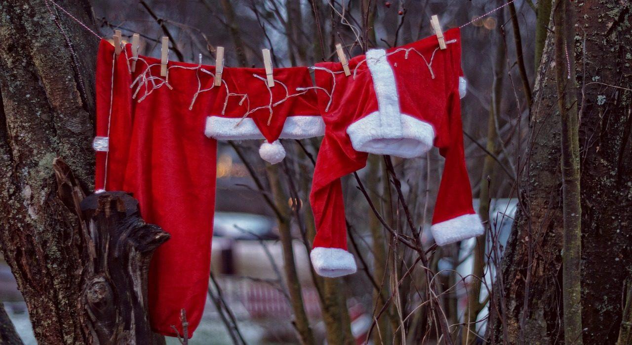 Paddel Pit Kanu, Kajak und SUP Board Verleih wünscht ein frohes Fest und einen guten Rutsch ins neue Jahr 2019